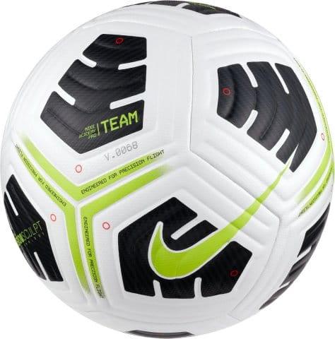 U NK Academy Pro BALL