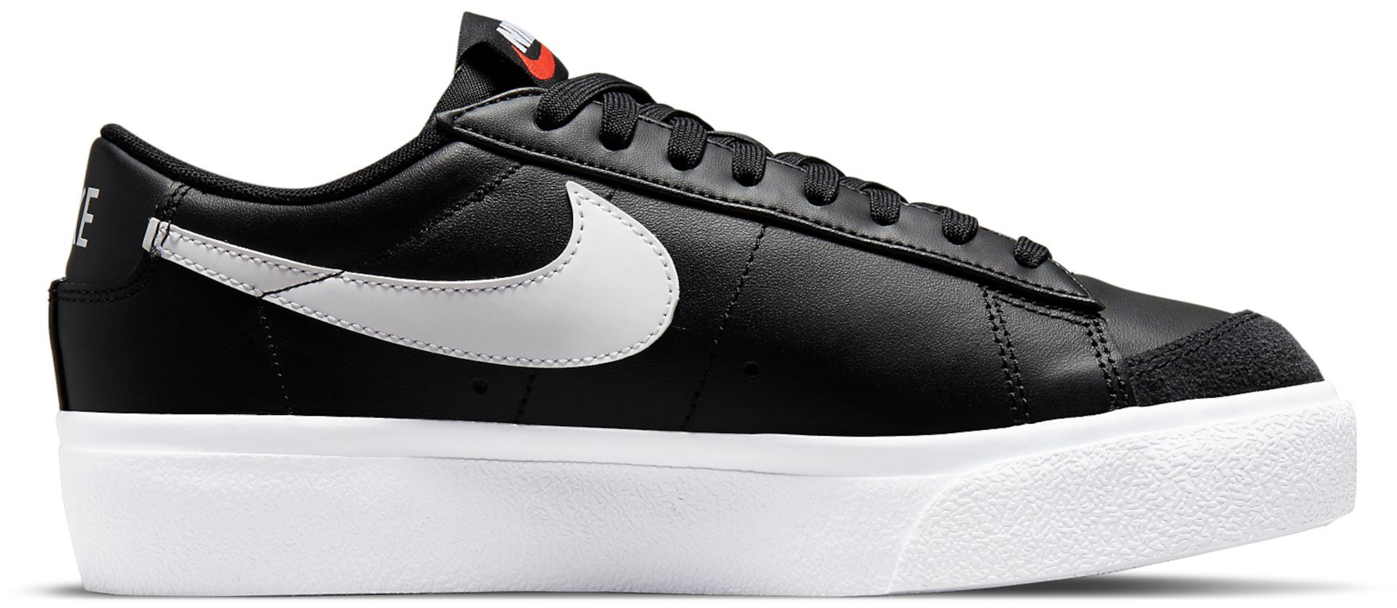 Obuv Nike  Blazer Low Platform Women s Shoe