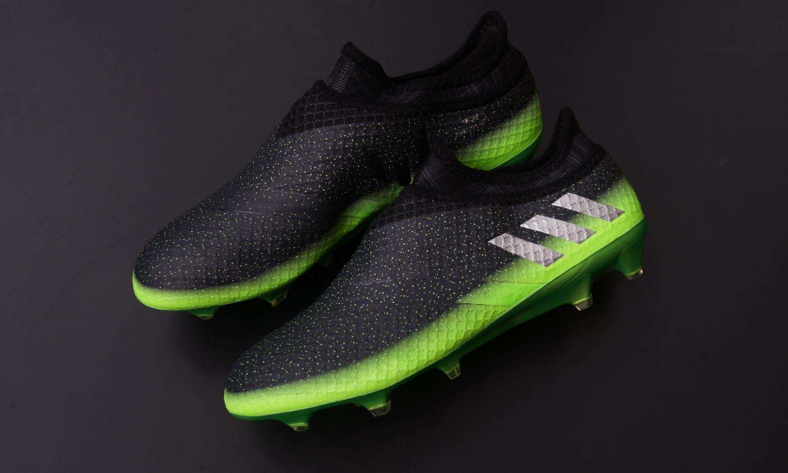 Kopačky adidas Messi.