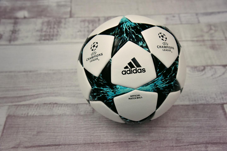 míče adidas