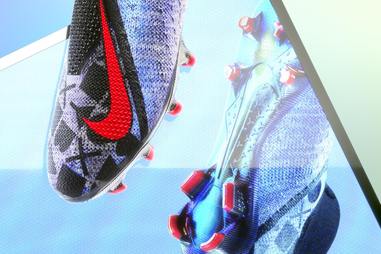 EA SPORTS X Nike PhantomVSN