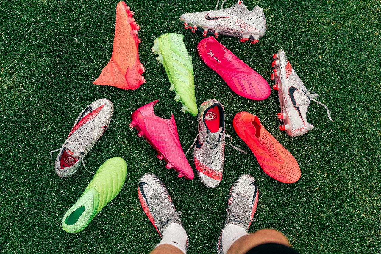 kopačky Nike adidas