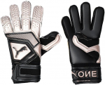 Goalkeeper's gloves Puma one grip 1 rc f10