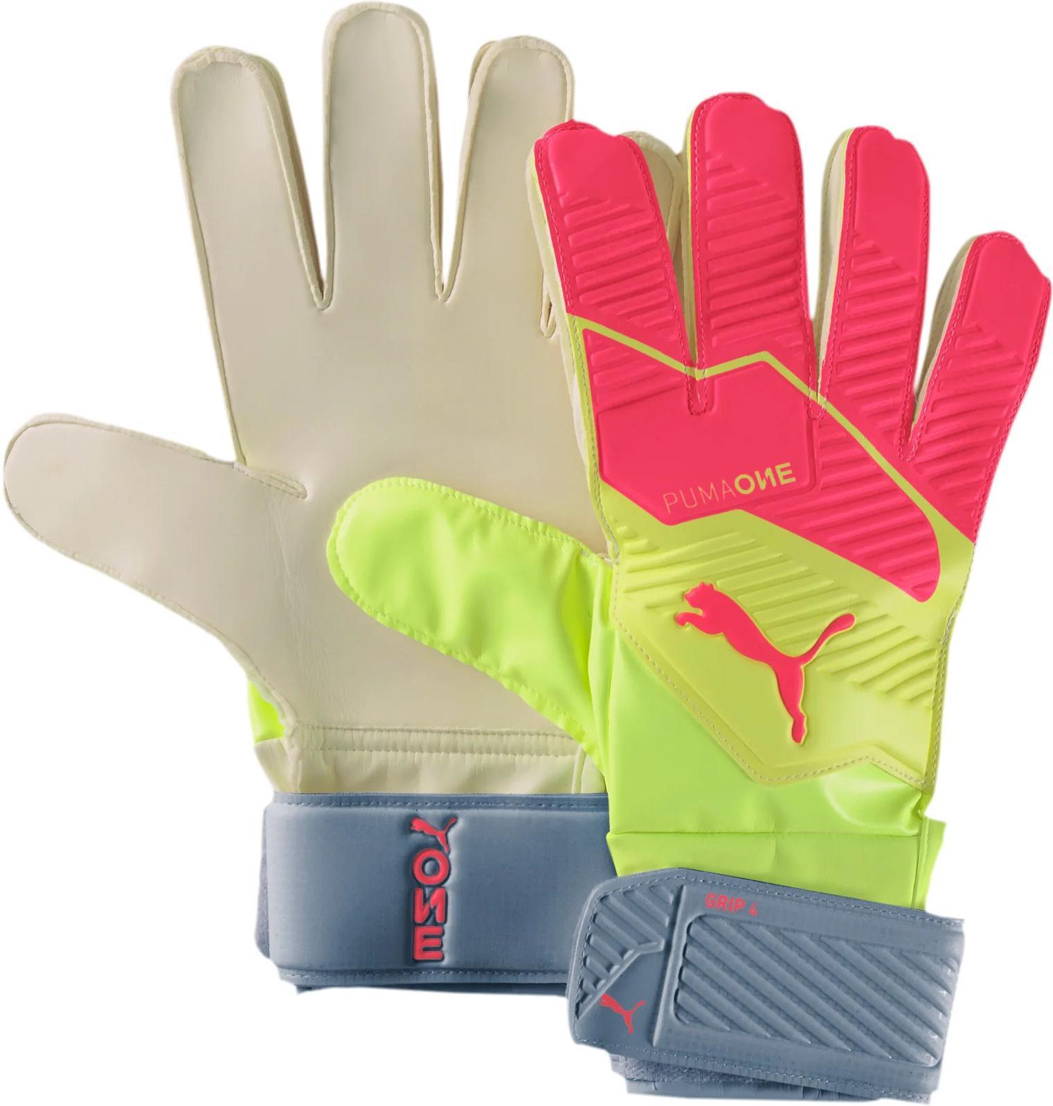 Goalkeeper's gloves Puma One Grip 4 RC