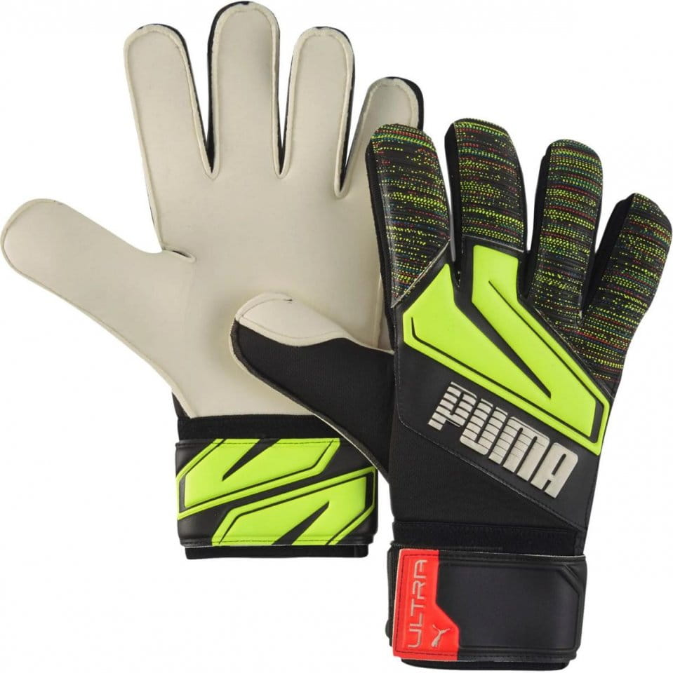 Goalkeeper's gloves Puma ULTRA Grip 1 RC