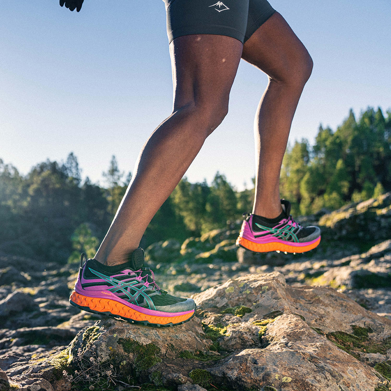 Trail shoes Asics Trabuco Max W