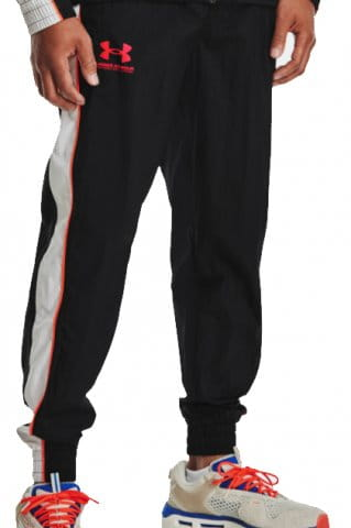 Nohavice Under Armour UA WOVEN TRACK PANT