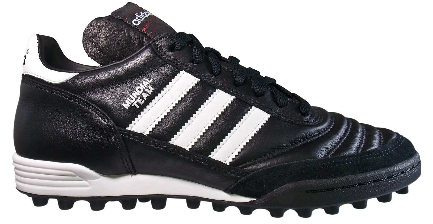 Football shoes adidas MUNDIAL TEAM