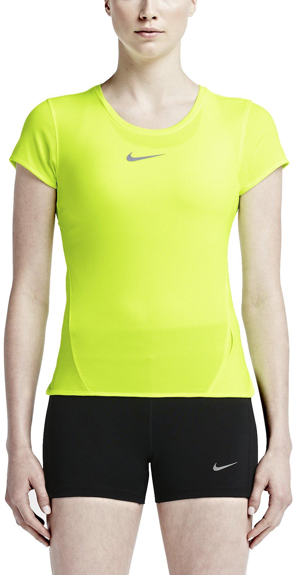 Běžecké triko Nike AeroReact