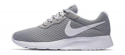 Nike WMNS TANJUN Cipők