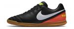 Sálovky Nike TIEMPOX RIO III IC