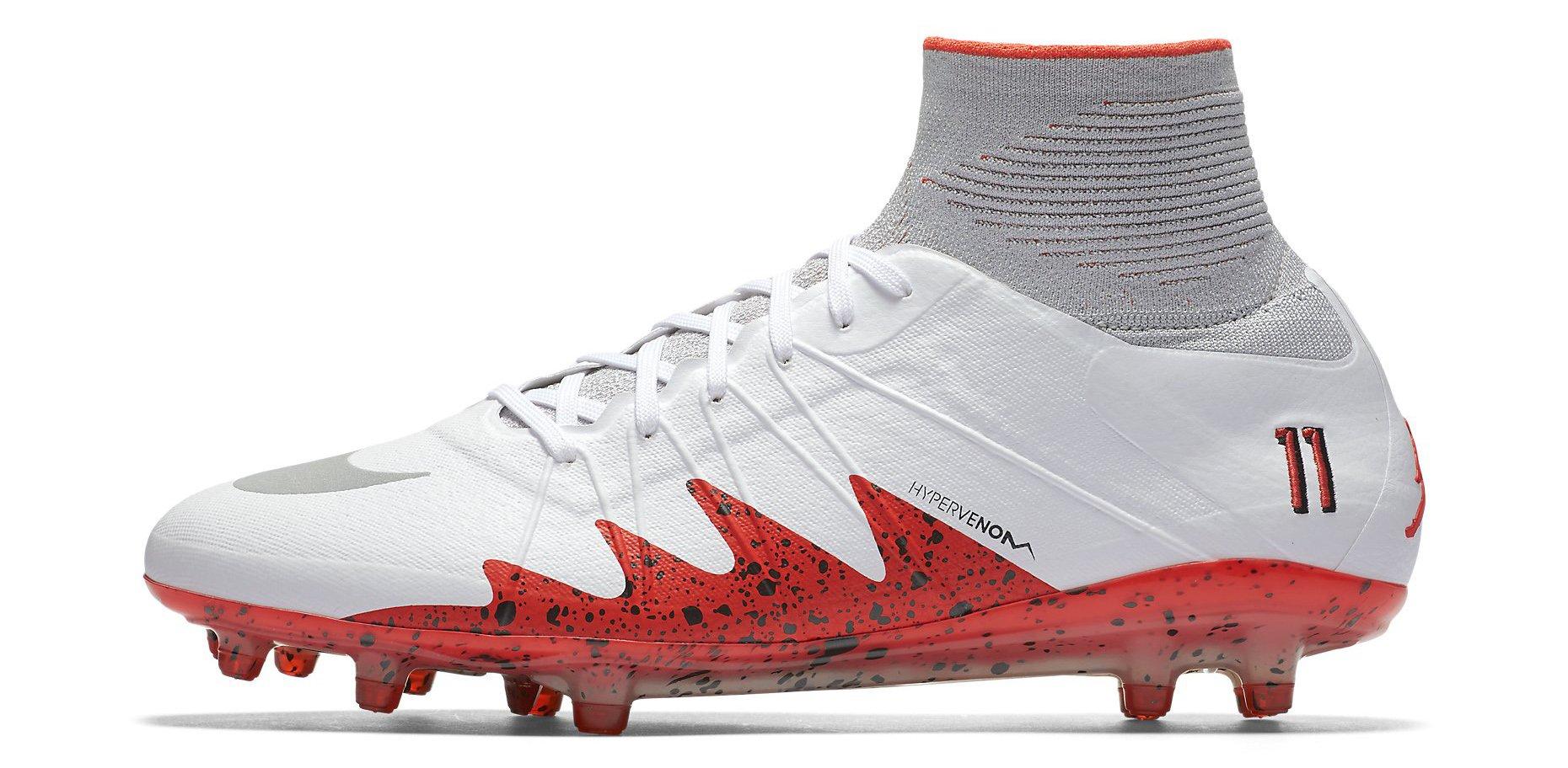Kopačky Nike HYPERVENOM PHANTOM II NJR FG