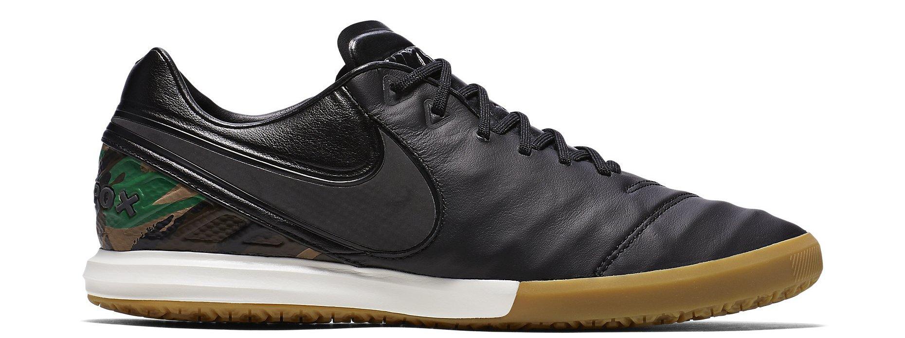 Sálovky Nike TIEMPOX PROXIMO SE IC