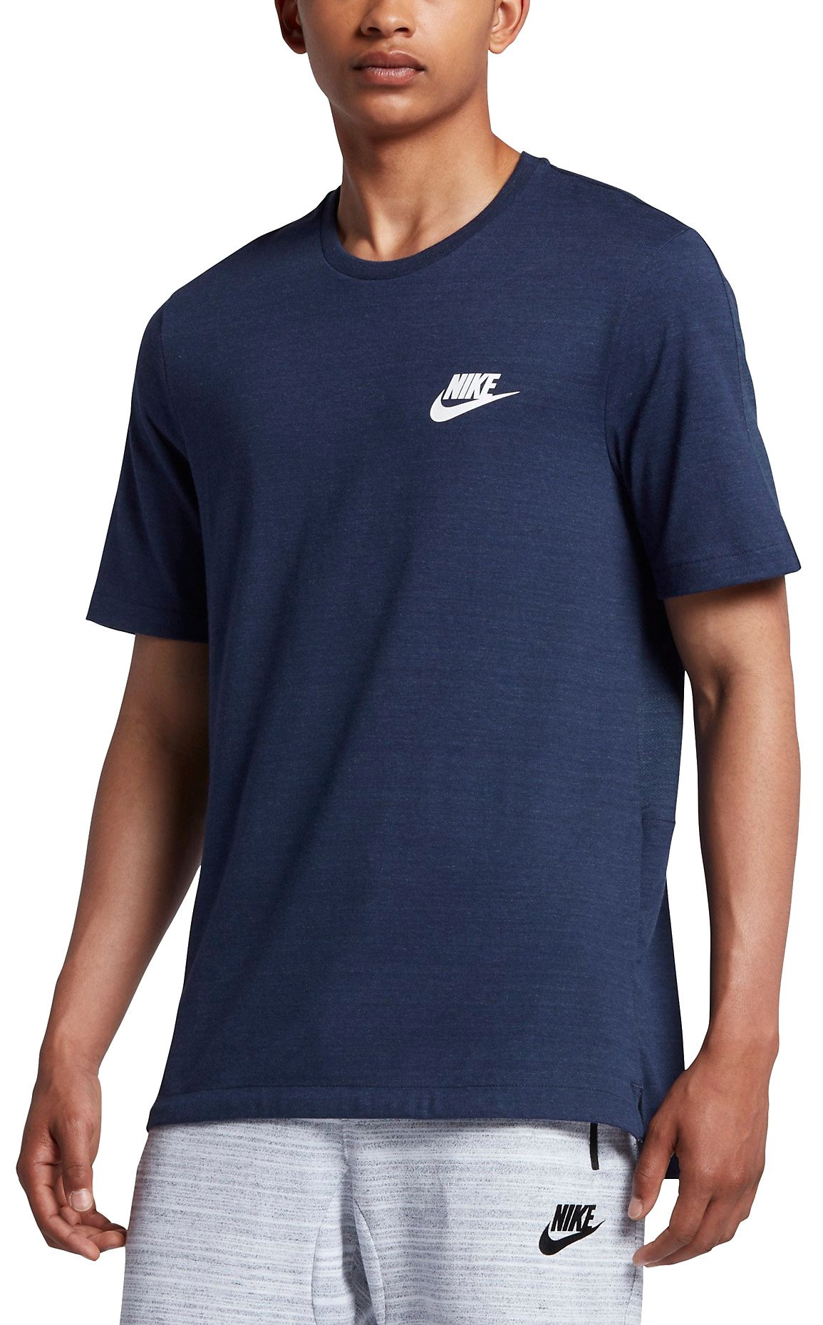 hot sale online bea05 484e9 T-shirt Nike M NSW AV15 TOP SS KNIT