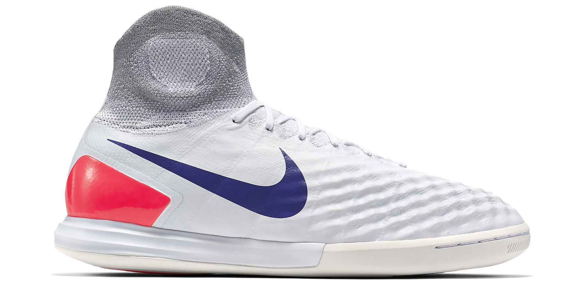 Sálovky Nike Magistax Proximo II IC