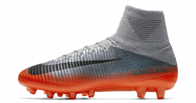 MERCURIAL SUPERFLY V CR7 AGPRO