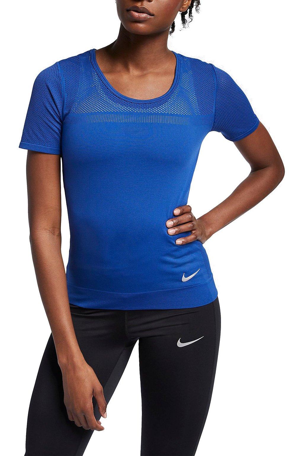 T shirt Nike W NK INFINITE TOP SS