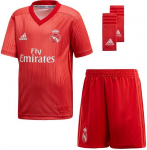 real madrid minikit ucl 2018/2019