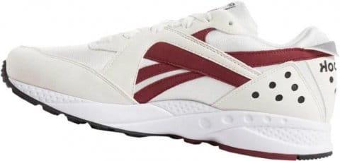 pyro sneaker